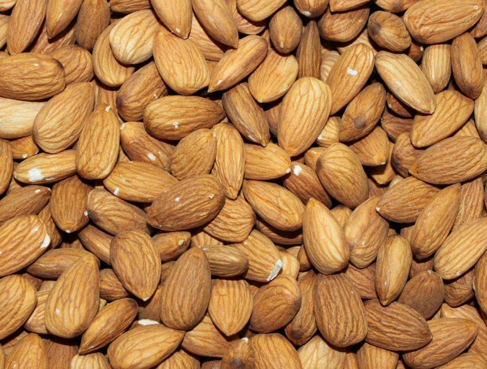 Купить Almonds no shell